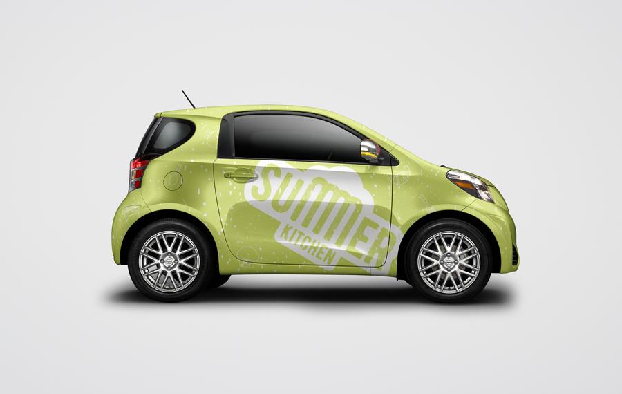 Некторотые траки будут похожи на маленькие машинки. Их можно будет узнать по логотипу и разным вкусностям нанесенным на эти автомобили.
