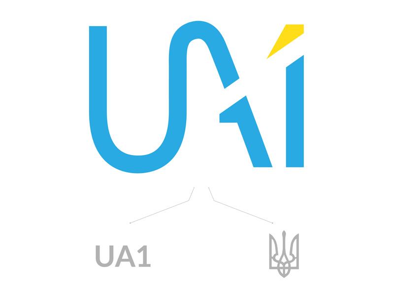 В логотипе мы совместили название компании и тризуб, использовав цвета украинского флага.
