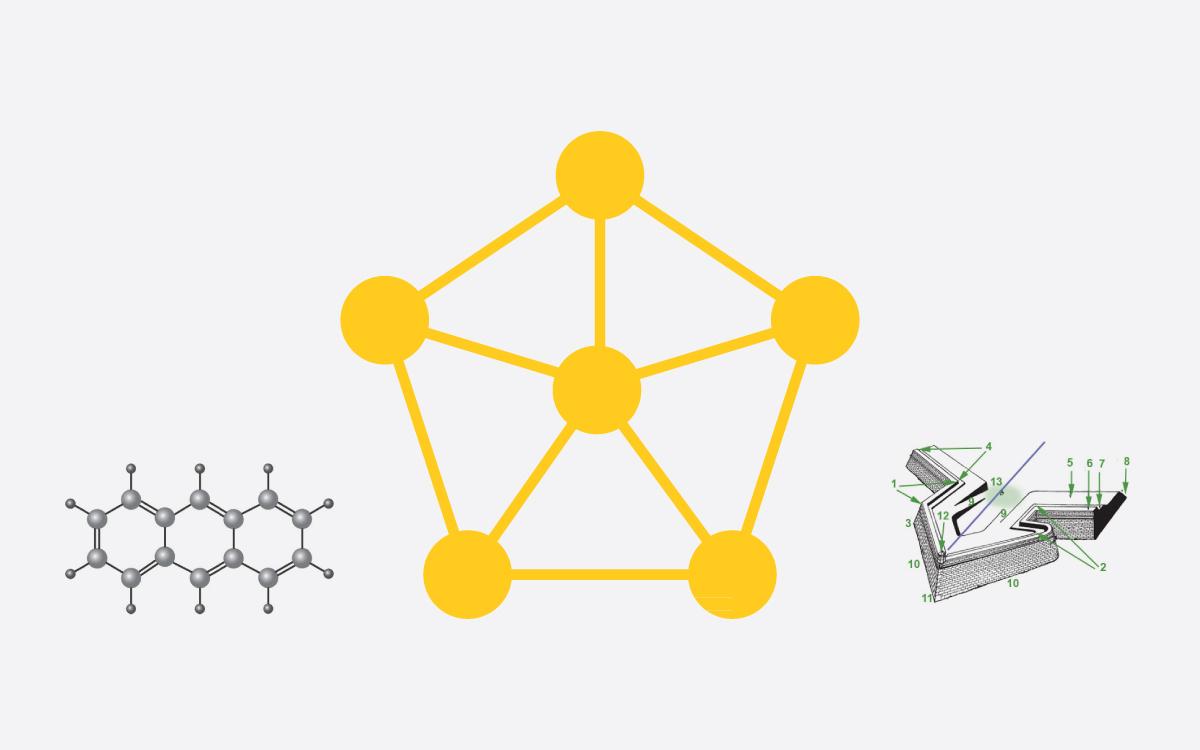 В студии разработали эмблему, которая сочетает в себе форму замкового бастиона, как милитарного, оборонного элемента и молекулы, как элемента науки.