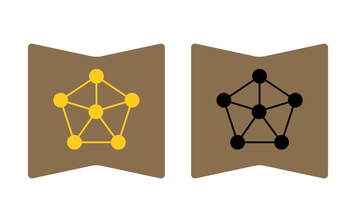 Пять атомов символизируют пять видов войск ВСУ, центральный, соединяющий их - институт. Эмблема выполнена в желтом и черном цвете, для парадно-повседневной и полевой формы.